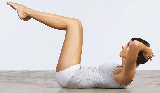 Фитнес за жени – бедра и корем