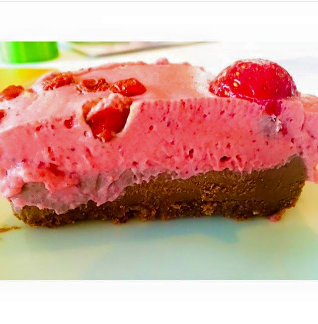 Strawberry Coconut Cheese Cake!! - Epic Self